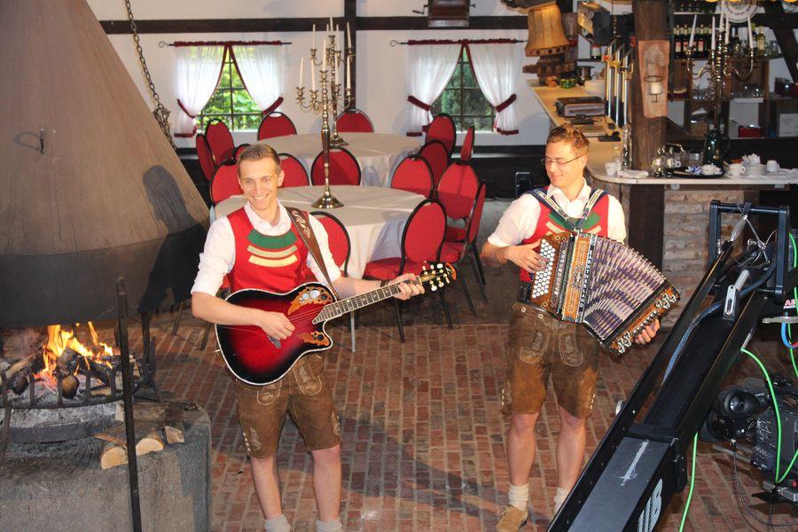 Album: Neue Folge der Alpensterne Musikantenparade